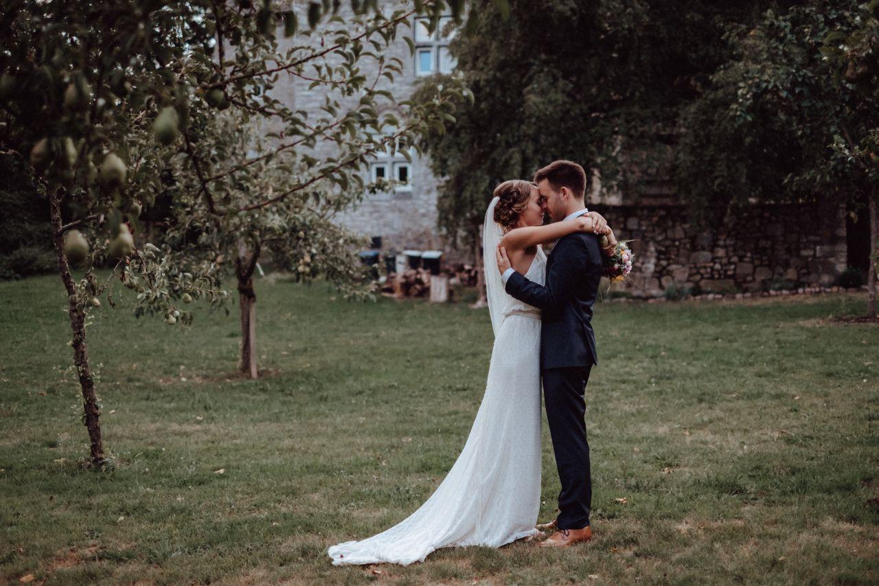Hochzeit Gut Hebscheid Aachen NRW Hochzeitsfotograf Mira Niessen